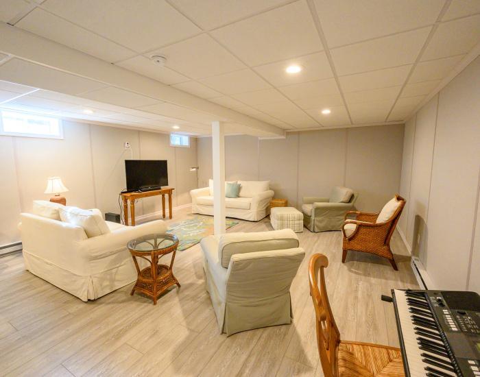 52 Fenway Road, Westerly, Rhode Island 02891, 3 Bedrooms Bedrooms, ,2.5 BathroomsBathrooms,Weekapaug (Rental),For Rent,Fenway Road,1022
