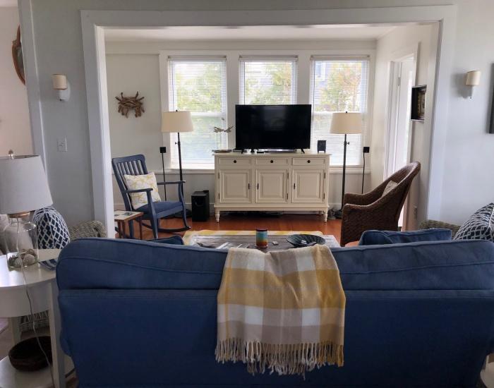 3 Winona Ave, Westerly, Rhode Island 02891, 6 Bedrooms Bedrooms, ,1.5 BathroomsBathrooms,Weekapaug (Rental),For Rent,Winona Ave,1027