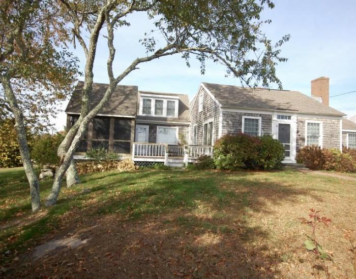 2 Upland Road, Westerly, Rhode Island 02891, 4 Bedrooms Bedrooms, ,2.5 BathroomsBathrooms,Weekapaug (Rental),For Rent,Upland Road,1035