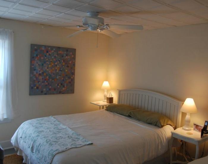 23 Bay Street, Westerly, Rhode Island 02891, 2 Bedrooms Bedrooms, ,1 BathroomBathrooms,Watch Hill (Rental),For Rent,Bay Street,1045