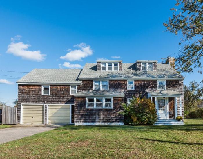 66 Meadow Ave, Westerly, Rhode Island 02891, 4 Bedrooms Bedrooms, ,3.5 BathroomsBathrooms,Weekapaug (Rental),For Rent,Meadow Ave,1006