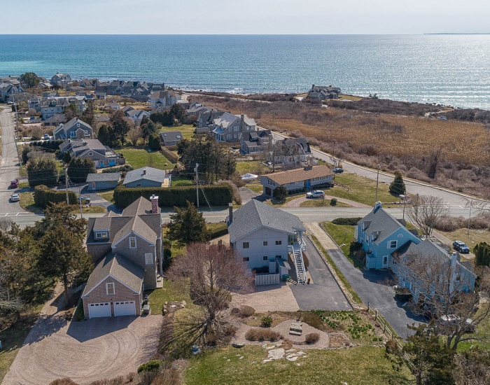21 Knowles Avenue, Westerly, Rhode Island 02891, 3 Bedrooms Bedrooms, 7 Rooms Rooms,2 BathroomsBathrooms,Weekapaug (Sale),For Sale,Knowles ,1083